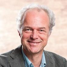 Dr Peter Merkus